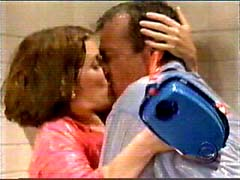 Bloss kissing in the tub...